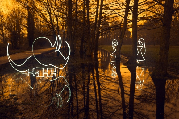 Light painting by H Matthew Howarth http://www.flickr.com/photos/flatworldsedge/11952148984/