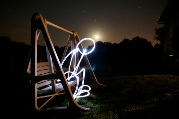 Light painting by Rafoto http://www.flickr.com/photos/rafoto/2653266910/